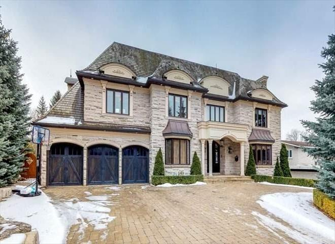5 Royal Oak Dr