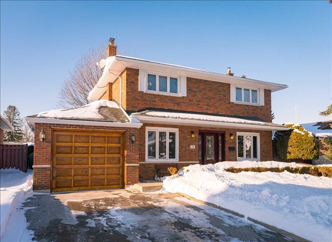 18 Bluefin Cres