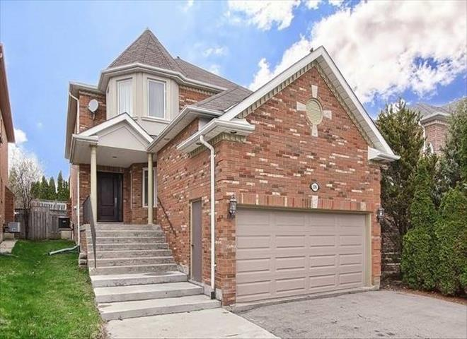 18 Mojave Cres