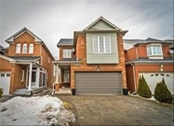 82 Ballymore Dr