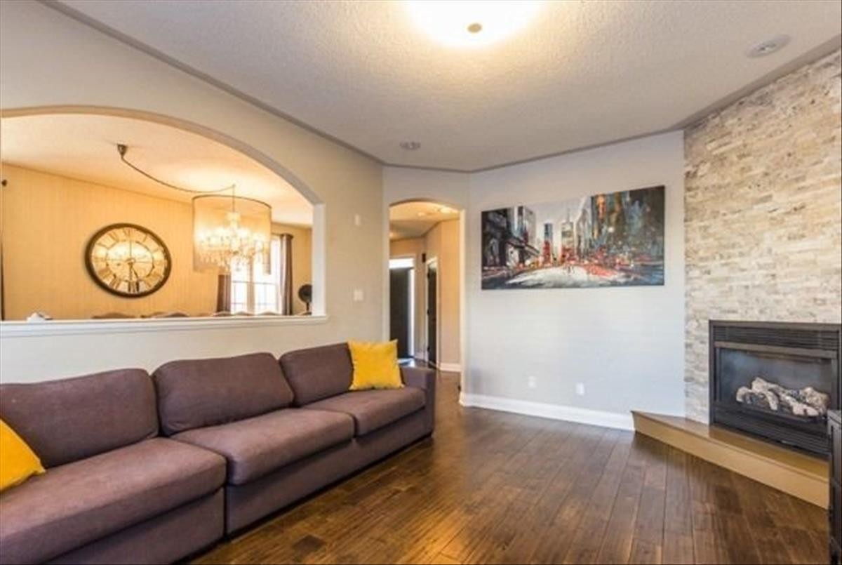 7279 Bread Fruit Lane Mississauga Shadan & Shervin Mohammadian
